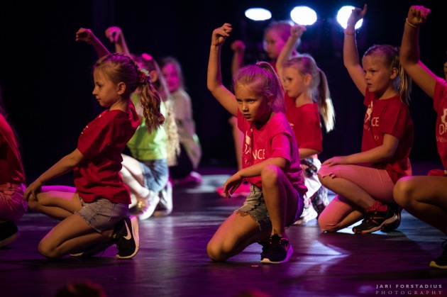 TanssivaPorvooKevät-057