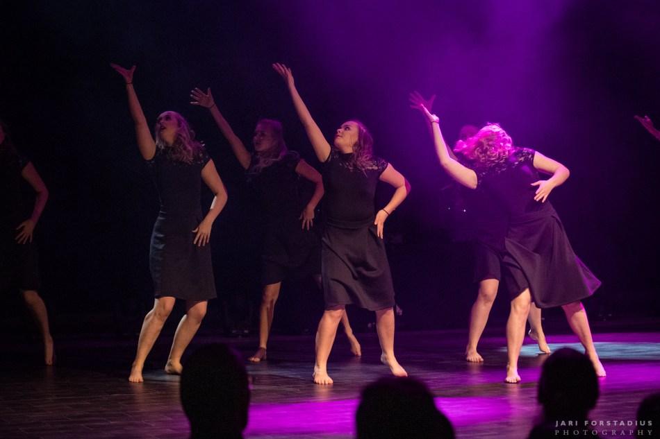 tanssiva porvoo, tanssi porvoo, porvoo, baletti porvoo, street porvoo, showtanssi porvoo, hip hop porvoo, aikuisbaletti porvoo, lastentanssi porvoo, taaperotanssi porvoo, lattarit porvoo, tanssikoulu porvoo, porvoon tanssikoulu, tanssiharrastus porvoo, zumba porvoo, aerobic porvoo, lyrical jazz porvoo